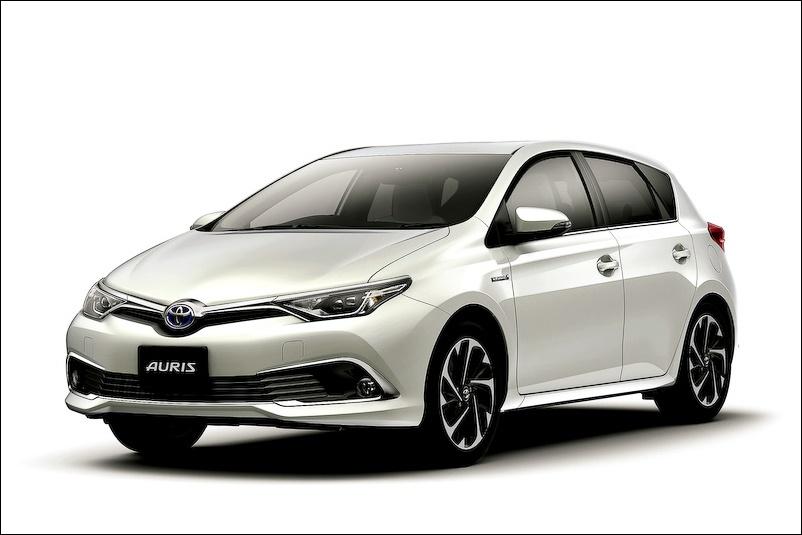 オーリスハイブリッドが日本発売!4WDとワゴンモデルの投入はなし