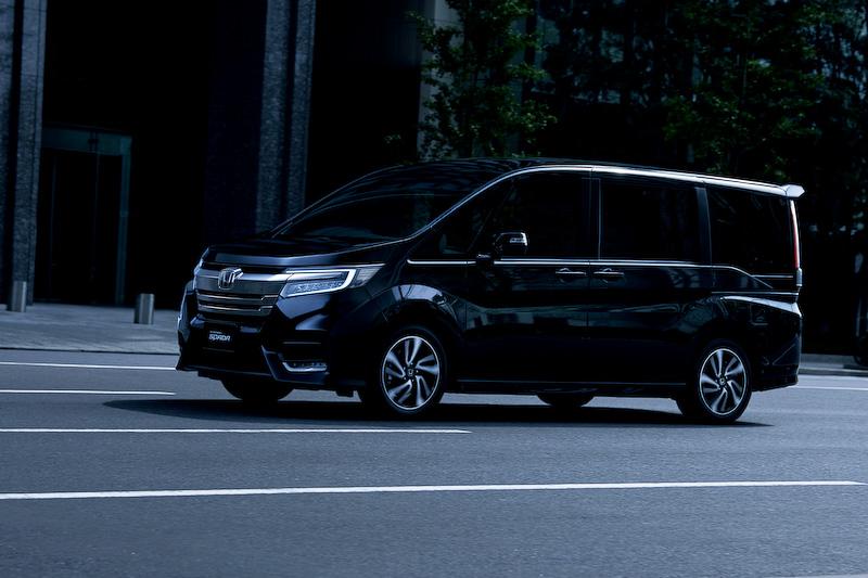 新型ステップワゴンハイブリッドの最新情報!燃費性能や外観デザイン等の変更点について